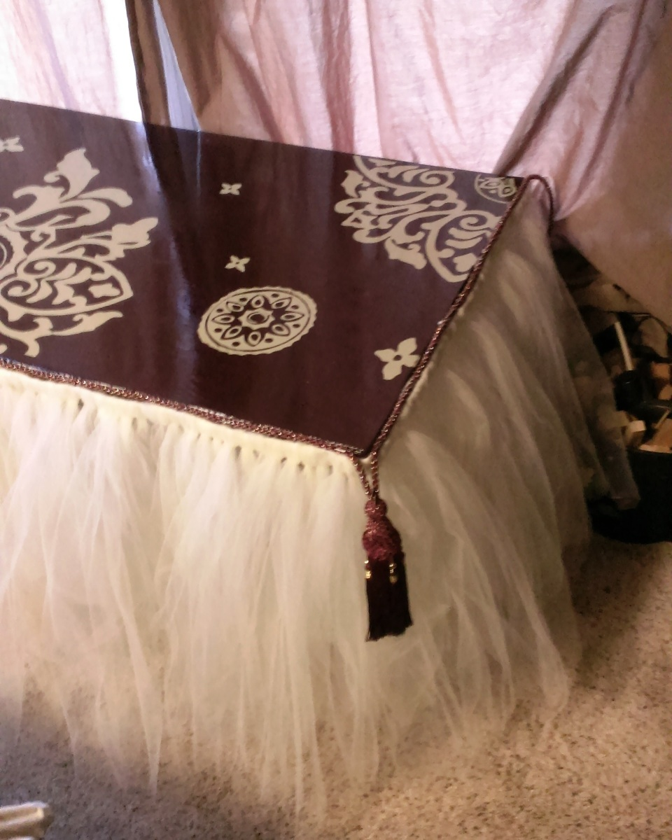 Reverse Stenciled Table with a Tulle Skirt Reveal (with a re-cap)