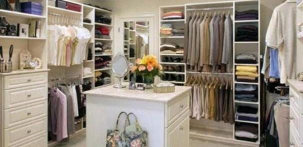 closetroom2